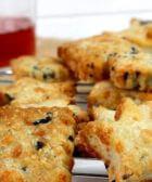galletas queso machego y aceitunas