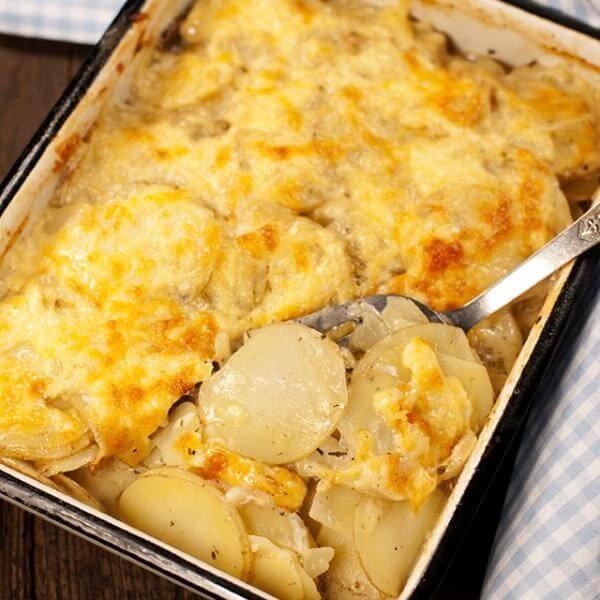 patatas gratinadas con queso manchego