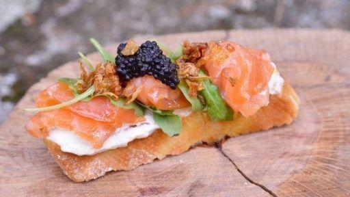 queso manchego y salmon